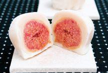 Fig tree / My favorite fruit is fig tree.