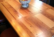 Reclaimed Wood In The Kitchen / Looking for some rustic flair in your culinary space? Look no further!