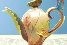 teapots, cups sets / by Teri Ives
