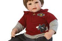 muñecos adora doll