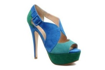 Shoes!  / by Melanie Plata