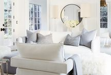 LIGHT & AIRY DESIGN / Light colored clean home design