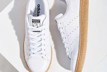 Белая обувь