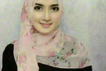 Cantik Muslimah