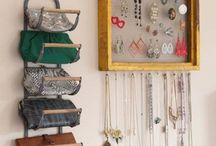 Jewelry sitch