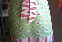 sewing / make a darling apron in an hour--great gift idea! / by Bonnie Oscarson