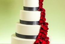 wedding cakes / by Traea Marie