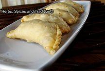 Khoya Gujiya / Very nice sweet dish for the festival of Holi