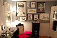 Amanda's Dressing Room Ideas / by Kelly Galindo
