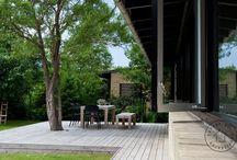 Træterrasse og møbler