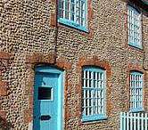 Perfect family holiday cottages in Suffolk / We know how important it is to make sure you have exactly the right facilities available when booking your self-catering family holiday cottage in Suffolk.