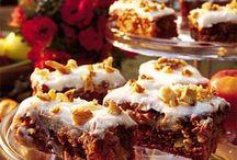 CAKE RECIPES / by Corinne Desrosiers Nicolette