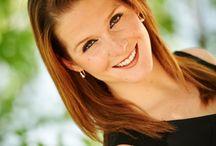 Headshot Photography / Corporate Headshots, Senior Portraits, Lifestyle, Fashion, Modeling Portraits