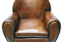 Möbel-Inspirationen im Stil des Art déco / Der Art déco war eine eindrucksvolle Stilepoche von 1920-1940. Wir zeigen Ihnen die berühmten Möbelklassiker der Epoche sowie zahlreiche Inspirationen, mit denen Sie sich den Art-déco-Stil nach Hause holen können.