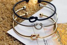 Bridesmaid accessories