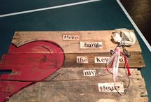 Pallet Art by Amanda Ingalls of Board Chicks Crafts / Key to Heart