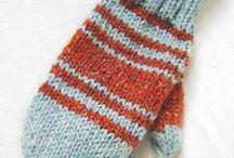 Knit mittens