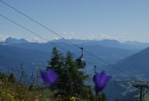 Suedtirol Dolomiten / Vom Hotel aus haben Sie eine Panoramaaussicht über das Eisacktal und Pustertal und zu den Dolomiten.