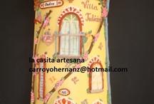 tejas decoradas extremeñas / tejas de fachada con doblado y cristal en ventanas, también de fantasía de cualquier material imaginable