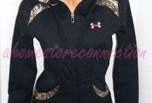 Awesome Tops & Jackets / by Amanda L. Gesford