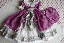 šaty pro panenky