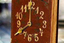 horloge bizarre