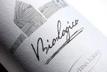 Ecologische en biologische wijnen uit Zuid-Europa / Vandaag de dag zijn er heerlijke ecologische en biologische wijnen die niet onderdoen voor de grote, bekende chateaus uit Frankrijk. Kenmerkend voor de op natuurlijk geproduceerde wijze van deze wijnen zijn het ontbreken van het gebruik van meststoffen en bestrijdingsmiddelen.Ook word er geen sulfiet toegevoegd, dat vaak voor hoofdpijn zorgt.Spanje en Italië produceren heerlijke ecologische wijnen gemaakt door kleine wijnboeren.