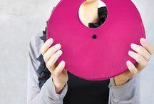 Morrows COLLO handbag / Small circle shaped felt handbag.