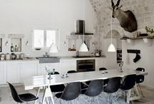 Big Dining / Large domestic dining tables and spaces