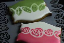 Icing Ideas: Stenciling