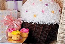 Crocheted Pillows / by * RobsFan-tasy *