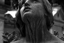 Statuer og engler