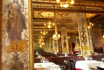Paris Restaurants / Here are some of the places that we love to eat in Paris! Maybe you know some of these as well...