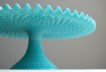 Cake stands / by Abbie Baucum