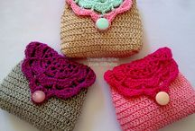 Yarn love- purses and bags