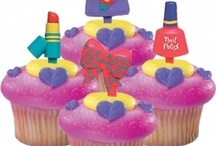 fun crazy cakes an buns  / inspiration to bake and eat