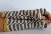 Armwarmers, mitts & Gloves: Knitted