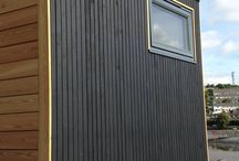 School Box 2017 / A school in Newton Abbot that had previously ordered a Garden Box for extra learning space, has just taken delivery of another !  A Micro Box was recently delivered by hiab and put into place, ready for use at the start of the new term .  The Larch Clad fully finished Box with a large sliding Alu clad Rationel door offers 2.7 x 2.4 m of added space for the school .  Proof that off site construction provides a rapid solution when extra room is required .