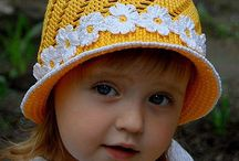 Детские шапки. Вязание.