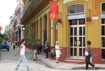 Barrio Chino / El Barrio Chino de La Habana es uno de los Chinatowns más antiguos y grandes de América Latina. En la actualidad, destaca por su escaso número de chinos, ya que la mayoría abandonaron la isla tras el triunfo de la revolución.  Los primeros comercios y servicios de propiedad china se abrieron en las calles Cuchillo, Zanja y Dragones en 1850, cuando miles de trabajadores de Hong Kong, Macao y Taiwán llegaron a la isla. / by Paseos por La Habana