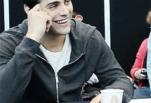 a board full of matthew daddario
