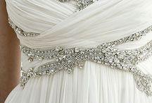 Wedding gowns & b/maids dresses