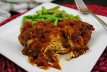 Slow Cooker recipes / by Amy Mrosko