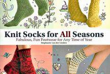 magasines,livres de tricot chaussettes , knitting socks books and magasines / modeles de tricots de chaussettes, knitting, socks pattern