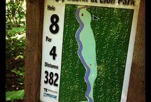 Disc golf signs