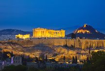 Inspire-se: Grécia / A Grécia é bonita. Muito bonita. São mais de duas mil ilhas espalhadas pelo mar Egeu. E a brancura alva de sua arquitetura, mais antiga que a própria história, contrasta com o mais profundo azul. Mais informações e roteiros exclusivos: info@teresaperez.com.br.