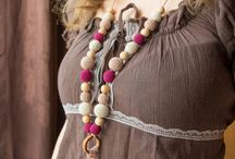 Nursing necklaces by MyFirstToy / Nursing necklaces for breastfeeding and babywearing moms