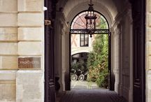Yndo Hotel / A new 5 star boutique design hotel has just opened in Bordeaux, France: YNDŌ HOTEL. The hotel is beautifully decorated with designs from Damien Langlois-Meurinne, Hubert le Gall, Campana Brothers, Tom Dixon....and Tina Frey Designs!