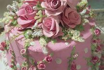 I make a fabulous cake :)