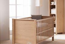 Eiche - Kindermöbel für Babyzimmer und Juniorzimmer oder Wohnzimmer / Material für Möbel, Kindermöbel ist Eiche oder Eichedekor